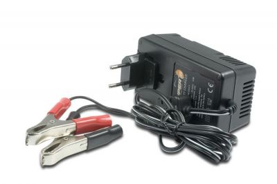 Chargeur de batterie Super B 2.5A/14.4V