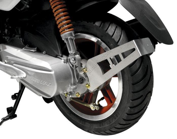 support de plaque d 39 immatriculation scooter en vente sur la b canerie. Black Bedroom Furniture Sets. Home Design Ideas