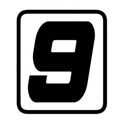 Autocollant numéro course Barracuda #9 noir