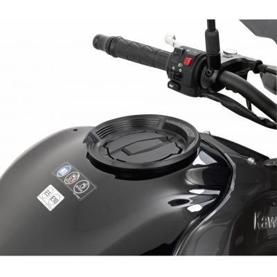 Bride Givi pour fixation Tanklock Kawasaki Z 900 17-19