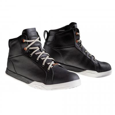 Chaussures moto Ixon Rogue Star noir mat
