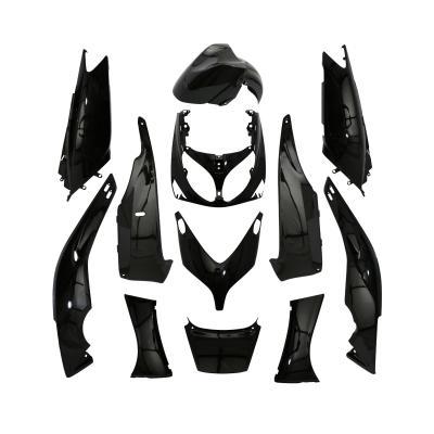 Kit carénage Yamaha 500 Tmax 01-07 noir brillant