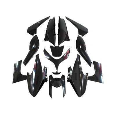 Kit carrosserie 13 pièces noir à peindre adaptable T-max 2008>2011