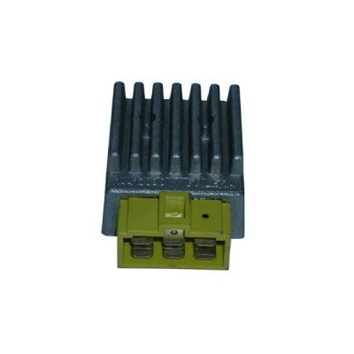 Régulateur 12V Derbi 50 GPR / Senda 07-09