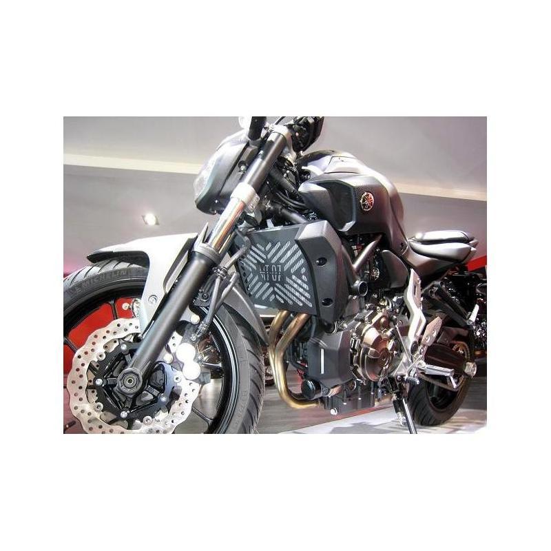 Grille de radiateur Brazoline noire Yamaha MT-07 14-15