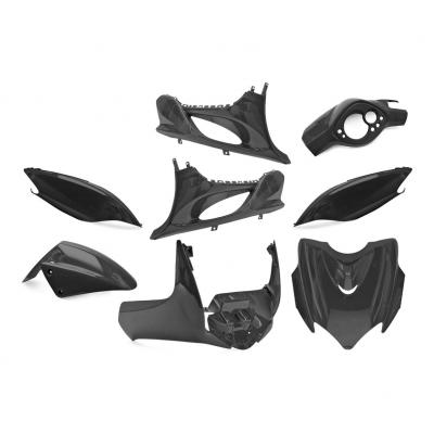 Kit carrosserie Mach G noir métal (9 pièces)