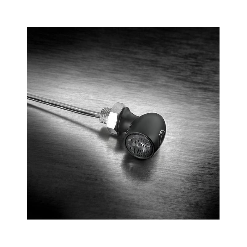 Mini feu arrière Kellermann Atto noir verre fumé montage horizontale - 2