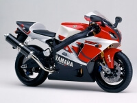Yamaha YZF R7 750