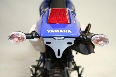 Support de plaque dimmatriculation R&G Racing noir Yamaha DT 125 X 05