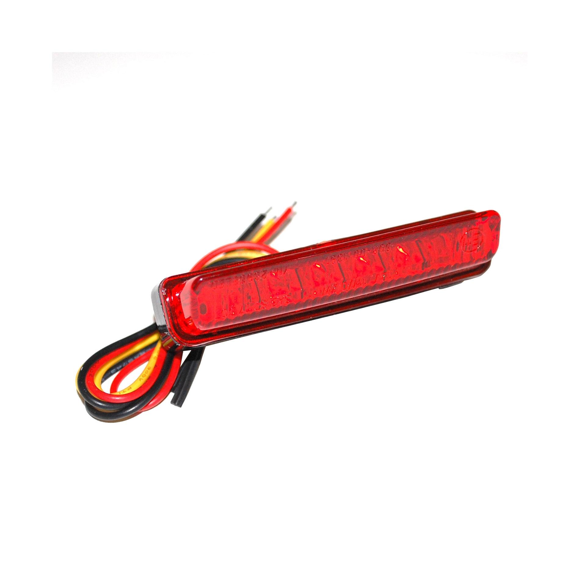 Feu arrière universel Replay à leds barette rouge/noir avec stop