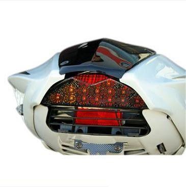 Feu arrière LED fumé Tun'r avec clignotants Nitro homologué